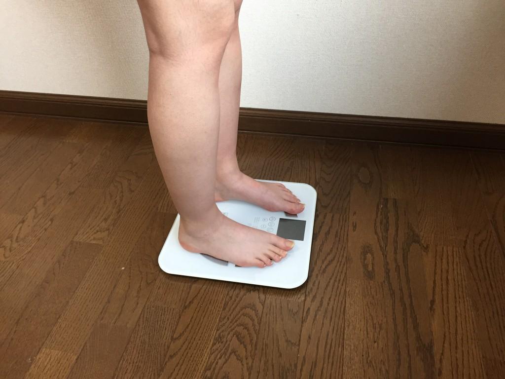 体重計_横